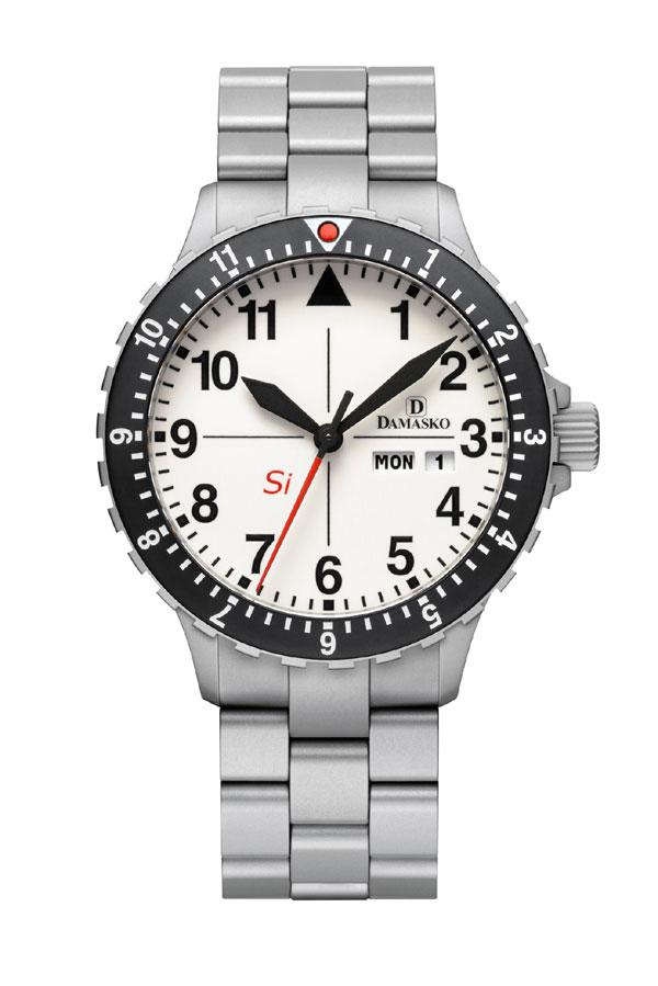 Damasko dk11 automatic watch with ice hardened bracelet damasko watches damasko dk11b for Damasko watches